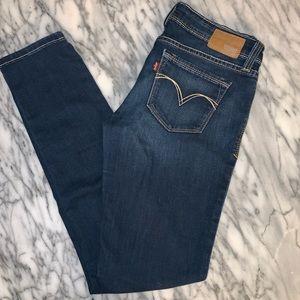 Levi's curvy skinny jeans